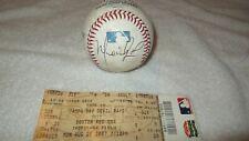 Official MLB Autographed Baseball  2007 Red Sox ( Ramirez, Ortiz, Lugo,Lowell)