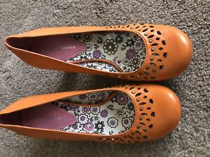 Ladies Orange Hush Puppies Shoes Size 5 Mary Jane Style No Strap Heels