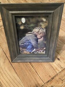 NEW FARMHOUSE STYLE PICTURE FRAME ~ Household ~ Home Decor ~ Shipping