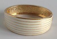 bracelet vintage rigide émail blanc déco relief couleur or A20