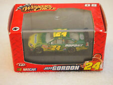 2008 NASCAR Jeff Gordon #24 Winners Circle 1:87 Scale Stock Car Green Dupont