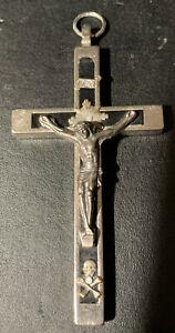 "VTG CRUCIFIX EBONY BRASS NUN PRIEST HABIT FAITH SKULL CROSSBONES 3.25"" EUC"