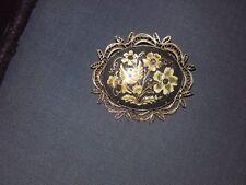 Broche ovale en or damasquiné de Tolède -TBE