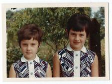 photo snapshot couleur Kodak - les années 60 - sixties girls -