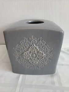 Gray Bed Bath & Beyond Ceramic Tissue Box Cover with Design on One Side