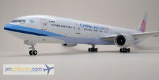 PH2CAL127 Phoenix 200 China Airlines B777-300ER B-18055 Diecast 1:200 Scale