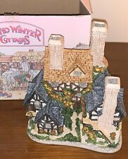 Vintage (First Edition 1983) David Winter Cottages-Hertford Court-New In Box