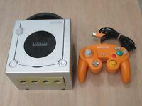 L580 Nintendo Gamecube Official Console Silver x Orange Japan GC w/controller