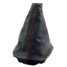 PEUGEOT 107 TOYOTA CITROEN RED Stitch pelle nera GEAR STICK Manopola Copertura Ghetta