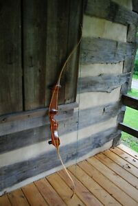 """RIGHT HANDED HOYT """"PRO MEDALIST"""" 38# 66"""" TARGET RECURVE BOW"""