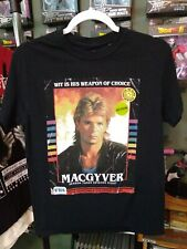 """Macgyver """"Vhs Cover"""" T-Shirt Black Size: S"""