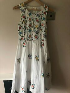 YMC You Must Create Embroidered White Floral Dress Size 8
