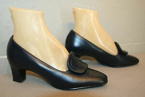 6 B VTG 1950s 1960s Navy Blue Shoe PUMPS AIRSTEP BIG BUCKLE Leather Heel 50s 60s