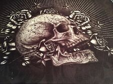 LAP TOP 16 INCH PADDED LAP TOP SLEEVE NEW WITH SKULL AND ROSES BLACK & CREAM NEW