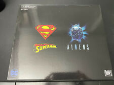 NECA SDCC 2019 Superman vs Alien NEW Sealed and Free Shipping