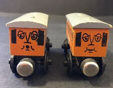 Thomas Train Wood Wooden Annie & Clarabel Flat Magnets Staples No Date On Wheels