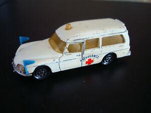 MAJORETTE : citroen DS 21 ambulance