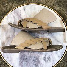 0c1db300d223c3 Hush Puppies Womens Sz 8 M Tan Brown Leather Twist Detail Flat Flip Flop  Sandals