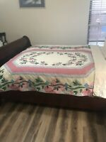 VNT ARCH Quilts Elmsford, NY Floral Patchwork Quilt Multicolor Embroidery Retro