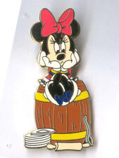 DCL - Rescue Captain Mickey Pin Event - Treasure Chest Boxed Set Minnie barrel