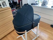 thule Sleek bassinet - Unused Excellent Condition