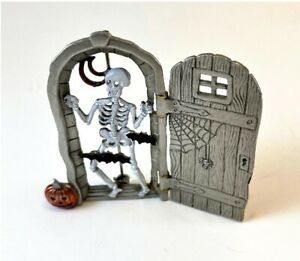 Jonette JJ Halloween Pin