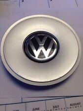 97-01 VW PASSAT GENUINE OEM CENTER CAP P/N 3B0 601 149