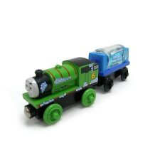 THOMAS THE TRAIN AND FRIENDS-PERCY AND THE ENGINE WASH CAR 2009-RETIRED **NIB**