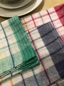 Classic Tea Towels – A set of three tea towels per pack