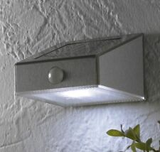 Solar LED Wandleuchte Wandlampe mit Bewegungsmelder Strahler Edelstahl SO19 WOW
