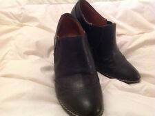"WOMENS BRAND ""SOFFT"" BLACK LEATHER 4""  STACKED HEEL LOAFERS SIZE 10"