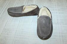 UGG Ascot Slipper - Men's Size 8, Brown