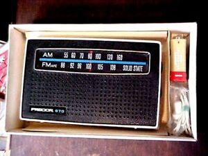 VINTAGE TRANSISTOR RADIO RETRO PRECOR 670 AM-FM NOS BOXED ORIG BATTERY