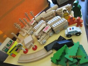 PLAYSKOOL train & accessories 42 pieces wood toys signs cars trees buildings ect