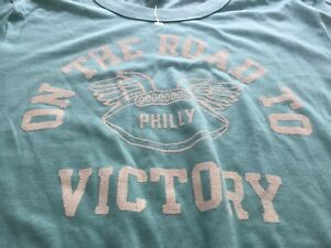WOMENS PHILADELPHIA EAGLES ON THE ROAD TO VICTORY SHORT SLEEVE SHIRT M NEW