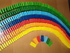 1400 Dominosteine, 7 Farben, Aufstellhilfe