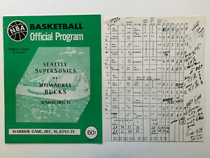 12/16/70 World Champion Milwaukee Bucks @ Seattle Supersonics Official Program