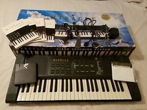 THE MIRACLE PIANO TEACHING SYSTEM - PC and Nintendo NES Compatible