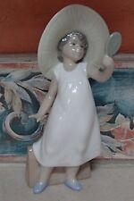 "NAO by Lladro 1351 ""Playing Dress Up"" girl in Mom's hat with mirror -MWOB,RV$109"