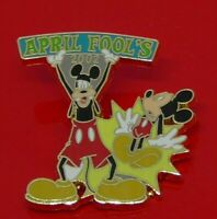 Used Enamel Disney Pin Badge April Fool's Day 2002 Goofy and Mickey Mouse