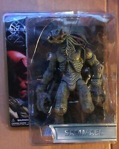 """Mezco Hellboy Sammael 8"""" Inch Action Figure - NRFP"""