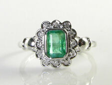 9CT 9K WHITE GOLD COLOMBIAN EMERALD 6mm x 4mm & DIAMOND ART DECO INS HALO RING