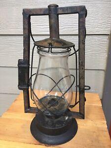 Antique Dietz Victor Kerosene Oil Lantern Lamp W/ Original Clear Glass Globe