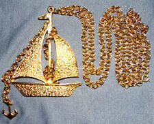 VINTAGE STUNNING GOLD TONE SAIL NECKLACE PENDANT WITH DANGLE ANCHOR