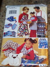 BUTTERICK #4119-CHRISTMAS GIFT PKG - APRON - BEAR PILLOW COVER - ETC. PATTERN FF