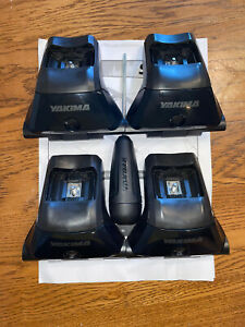 YAKIMA Skyline Towers, Set of 4 for Roof Rack Vehicles Fixed Points