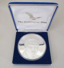 "16 oz .999 Silver ""ELVIS PRESLEY - GRACELAND"" Washington Mint Art Round 41811"