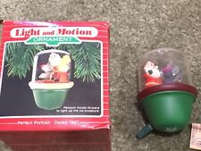 """Hallmark Ornament """"Perfect Portrait"""" 1987 Magic 2nd in Santa and Sparky Series"""