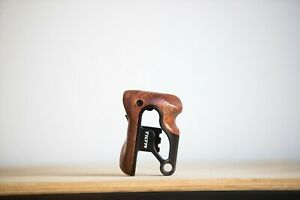 Tilta Right-Side Wooden Handle For RED Komodo
