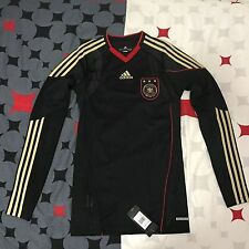 GERMANY ADIDAS  TECHFIT AUTHENTIC PLAYER ISSUE 2010/11 FOOTBALL SHIRT NEW MEDIUM